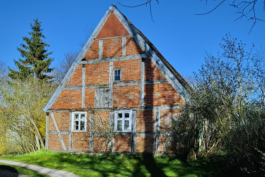 Groß Luckow - Altes Fachwerkhaus