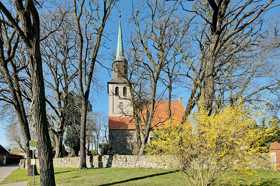 Groß Luckow - Gotische Kirche