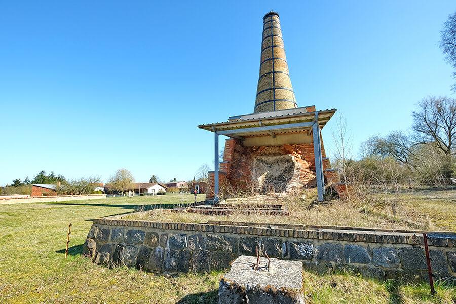 Jatznick -Der Storchenturm - ein ehemaliger Zementbrennofen