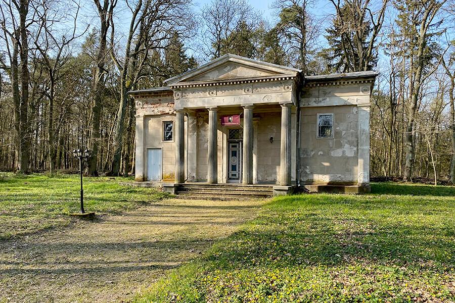 Koblentz - Mausoleum der Familie von Eickstedt