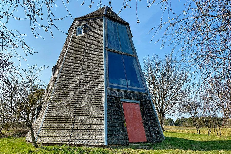 Fahrenwald - Alte Mühle Eingang - rote Tür