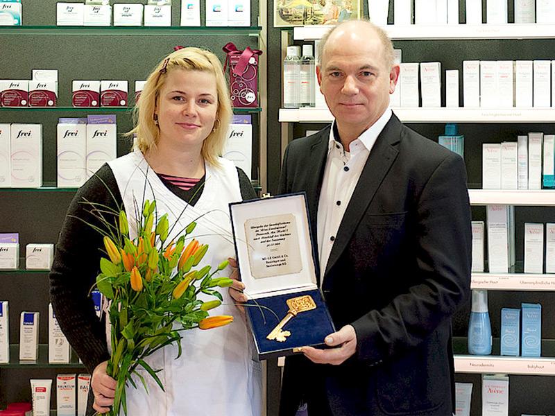 30.10.2015 - Firmenjubiläum Neue Apotheke am Markt - 03_01 2016 - Firmenübergabe an Franziska Splett